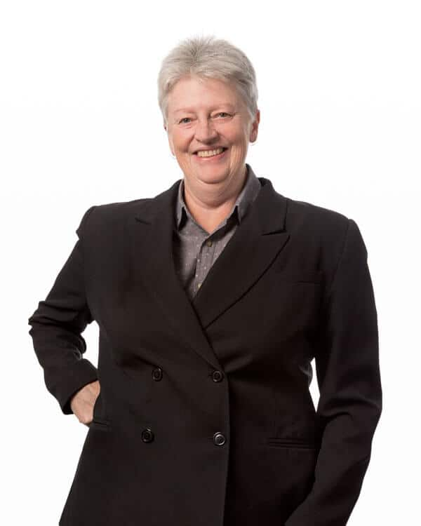 Debbie Lawn - Personal Injury Lawyer from Arnold Dallas McPherson Lawyers Bendigo office